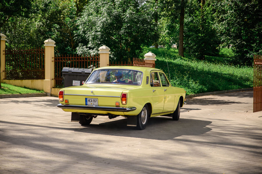 Volga - automobilių nuoma šventėms