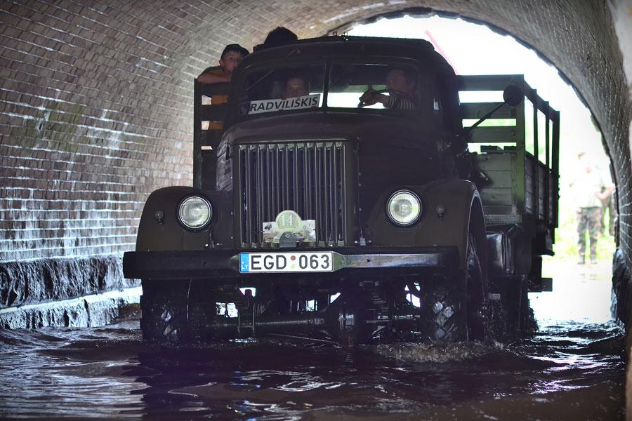 Gaz 63 - bortinis sunkvežimis